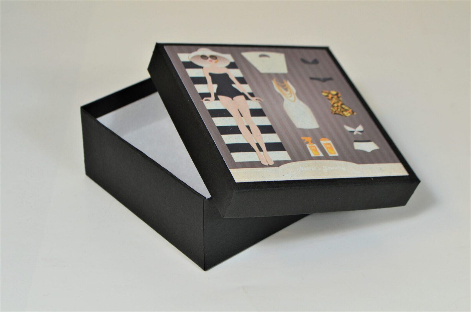 Rigid Jewelry Box